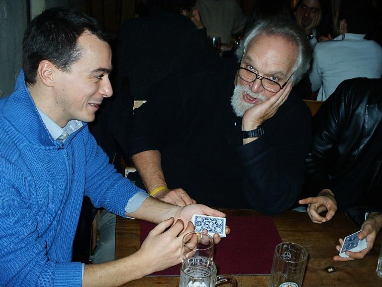 Con Jon Racherbaumer